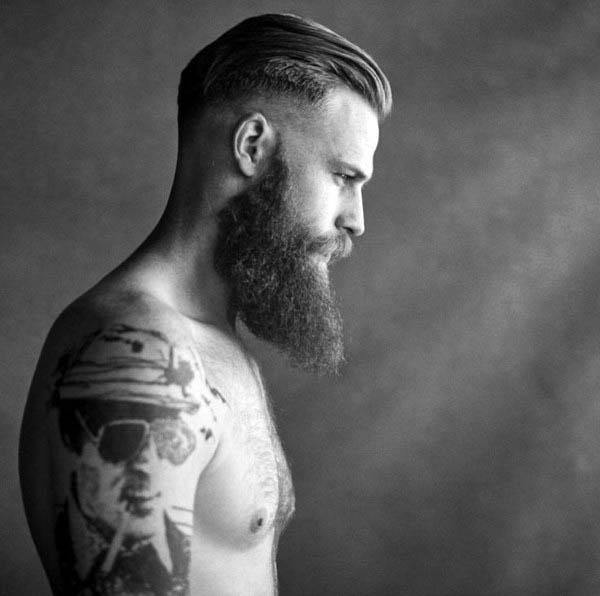 Tuns cu păr înălțat pentru bărbați